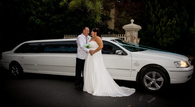 11-seat-stret-limousine