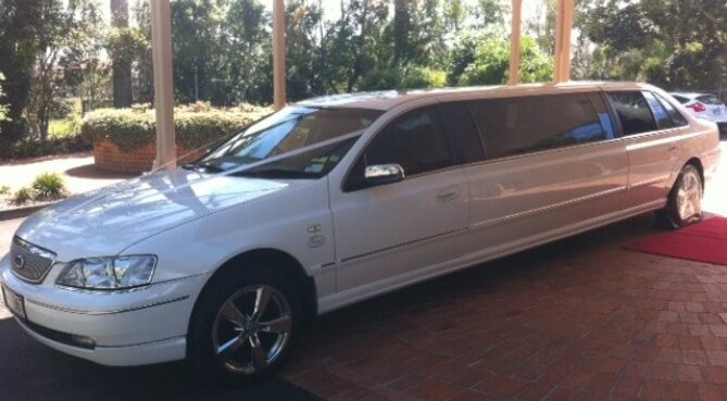 9-seat-stretch-limousine