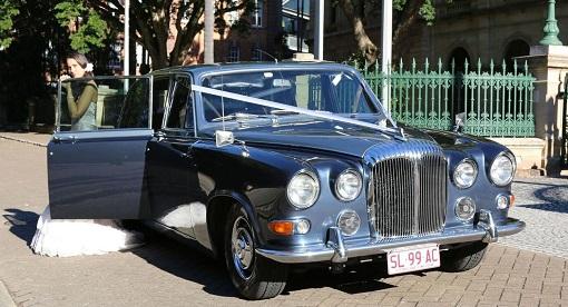 Classic Car Hire Brisbane-Premier Limousines cw