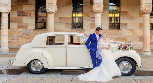 Classic Rolls Royce Wedding car-Premier Limos Brisbane c