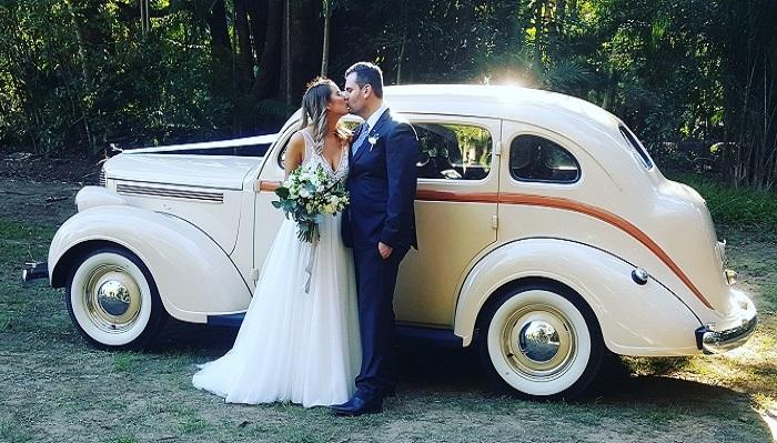Vintage Wedding car Hire Brisbane-Premier Limos R