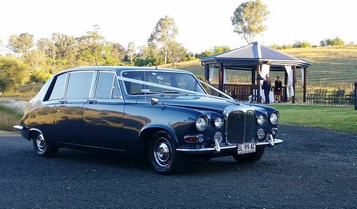 Brisbane Classic car Hire-Premier Limos